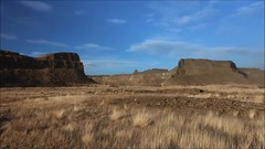 Panoramic view in Monument Coulee (johnwporter) Tags: hiking scramble mountains easternwashington washington desert centralwashington sunlakesdryfallsstatepark statepark monumentcoulee coulee umatillarock 徒步 爬行 山 華盛頓東部 華盛頓州 荒漠 華盛頓中部 太陽湖乾瀑布州立公園 州立公園 豐碑深谷 深谷 尤馬蒂拉岩 video 影片 panorama 全景