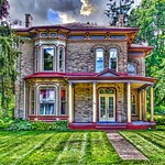 Waterloo Ontario ~ Canada ~ Italianate Architecture thumbnail