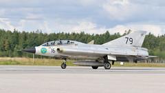 SK 35C (Arndted) Tags: saab35draken saab35 sk35cdraken sk35c 35draken draken swedishairforce swedishairforcehistoricflight sweden swaf swafhf airforce sverige flygvapnet örebroflygdag örebro aircraft airshow airplane aviation jet nikon d300s sigma ex100300f4