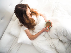 morning-coffee-in-bed-1 (pinnchie) Tags: coffee coffeeinbed coffeephotography coffeephotos lifestyle lifestylephotography morningbliss morningcoffee morningphotography