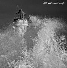 CO1A6126 (chris fearnehough) Tags: lighthouse storm stormchaser wirral newbrighton perchrock waves
