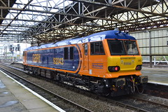 GB Railfreight 92043 (Will Swain) Tags: crewe station 9th october 2017 cheshire north west south county train trains rail railway railways transport travel uk britain vehicle vehicles country england english class gb railfreight 92043 92 043