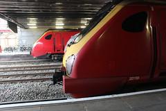 221113 2211111 (matty10120) Tags: crewe railway station class tran rail transport travel 221 virgin trains west coast voyager