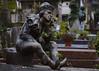 Tumba de Vaslav Nijinsky. Cementerio de Montmartre, París. (David Andrade 77) Tags: vaslavnijinsky tumba cementerio cimetière montmartre paris parís francia france 24105mmf4dgoshsm|a escultura sculpture tombstone cemeteries