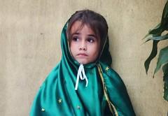 Young mexican girl<>Jeune fille mexicaine<> Niña mexicana (France-♥) Tags: 1169 fille chica girl enfant kid portrait mexique puertovallarta niñamexicana niña