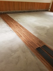 Polyflor Expona French nut tree