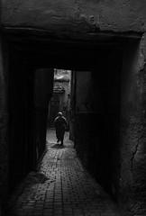 Marrakech (Sabine_Aub) Tags: marrakech medina souk blackandwhyte noiretblanc leica leicam10 monochrom monochrome bnw summilux asph 35mm street