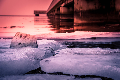 Ice by the beach (explore 2018-02-16)