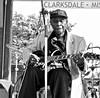 delta bluesman juke fest  - watch this: (Shein Die) Tags: blues juke festival honeyboy blackandwhite bw monochrome