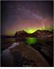 Noorderlicht en de Melkweg (nandOOnline) Tags: noorderlicht poollicht aurora auroraborealis stand rotsen bergen noorwegen lofoten haukland vik melkweg sterren andromeda hemel nacht avond groen zee fjorden panorama lonelyspeck purenight