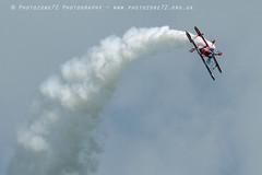 6401 Rich Goodwin (photozone72) Tags: aviation airshows aircraft eastbourne airshow props canon canon7dmk2 canon100400f4556lii 7dmk2 richardgoodwin pittsspecial biplane aerobatics aerobatic