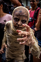Zombie Wolk | (anavaz.) Tags: fotografia flickrestrella flickrbrasil zombiewalkcuritiba zombie