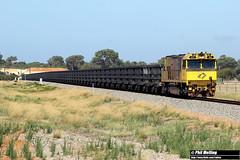 22 January 2018 ACN4145 2762 iron ore Narngulu East (RailWA) Tags: railwa philmelling acn4145 2762 iron ore narngulu east aurizon geraldton midwest