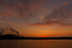 Steel town sunrise. (alan.irons) Tags: sunrise steelworks steeltown britishsteel scunthorpe industry industrial smoke clouds tones light morning feb 2018 lake pond canoneos1dxmkll ef2470f28llusm sky