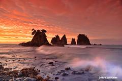 Izu minokakeiwa sunrise (koshichiba) Tags: izu minokakeiwa rock seascape sunrise nature tide wave japan shimoda oose port typhoon monsoon shore wind
