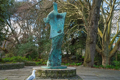 HENRY MOORE MEMORIAL TO W.B. YEATS [ST STEPHENS GREEN IN DUBLIN]-136848 (infomatique) Tags: sculpture henrymoore williambutleryeats publicart ststephensgreen memorial williammurphy infomatique fotonique streetsofdublin dublin february 2018