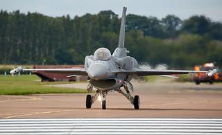 F-16 Flacon