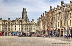 "Arras • <a style=""font-size:0.8em;"" href=""http://www.flickr.com/photos/45090765@N05/28339384919/"" target=""_blank"">View on Flickr</a>"