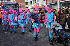 Eschweiler, Carnival 2018, 091 (Andy von der Wurm) Tags: karneval kostüm costume carnival mardigrass eschweiler 2018 kostüme kostueme nrw nordrheinwestfalen northrhinewestfalia germany deutschland allemagne alemania europa europe female male girl teenager smiling smile lachen lächeln lustforlife groove portrait lebensfreude verkleidung verkleidet dressed bunt colorful colourful karnevalsumzug karnevalszug carnivalparade andyvonderwurm andreasfucke hobbyphotograph funkenmarie funkenmariechen