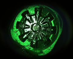 Le vert est dans la bouteille (Emmanuelle2Aime2Ailes) Tags: macromondays inthebottle mintsyrup plasticbottle macro vert bulles 7dwf
