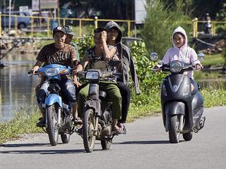 Paseo en moto por la laguna Lap An, Provincia de Thừa Thiên-Huế, Vietnam