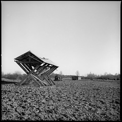 Wooden Structure (Felicius Exelsberg) Tags: hasselblad 500c analog analogpotography lomo lomography black wh white fine art contrast leipzig 120 mediumformat rollfilm landscape ice wood winter kodak tmax carl zeiss planar 80mm abstract film filmlook filmfotography filmphotography