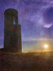 The-tower-and-the-sun (invesado) Tags: texturesmontemor o novo nikond750 nikon 2870 sunstartower