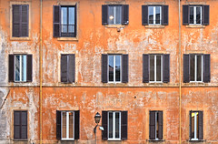 rome windows (poludziber1) Tags: street streetphotography skyline city colorful cityscape color colorfull capital rome italia italy light orange old architecture building window