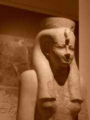 The British Museum, London (Steve Hobson) Tags: british museum london sepia statue carving