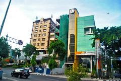 Alia CIkini dan Mega (Everyone Sinks Starco (using album)) Tags: jakarta building gedung architecture arsitektur office kantor hotel