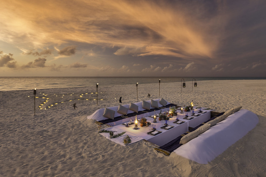 Dream Island Dinner
