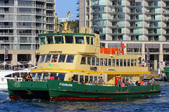 Fishburn, Circular Quay, Sydney, September 14th 2014 (Southsea_Matt) Tags: fishburn firstfleetclass sydneyferries circularquay sydney newsouthwales australia september 2014 spring canon 60d passengertravel publictransport sea harbour wharf ferry boat ship vessel