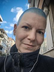 Skye (Melissa Maples) Tags: istanbul turkey türkiye asia 土耳其 apple iphone iphone6 cameraphone kadıköy caferağa moda me melissa maples selfportrait woman buzzcut shorthair bluehair earbuds autumn