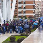 Paraguas y aficionados thumbnail