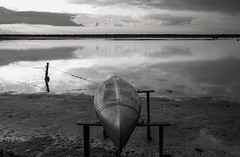 (nadiaorioliphoto) Tags: monocromo wb bw boat barca lagoon wetland valle
