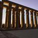 Columnas en el patio de Amenhotep III, Templo de Luxor, Luxor, Egipto