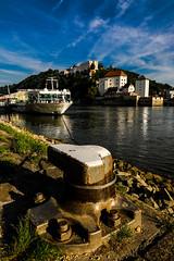 Passau (Roberto Bendini) Tags: boat ill river castle germany passau