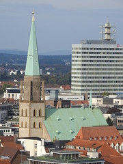 Altstädter Nicolaikirche & Telekom Hochhaus (michaelausdetmold) Tags: bielefeld deutschland nrw ostwestfalen westfalen stadt kirche kirchen