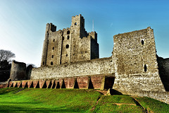 Rochester Castle (Geoff Henson) Tags: castle fortress fort walls stone kent medway keep windows turrets ruin