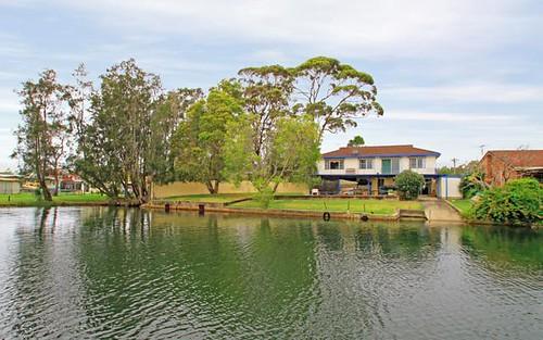 8 Paradise Crescent, Sussex Inlet NSW
