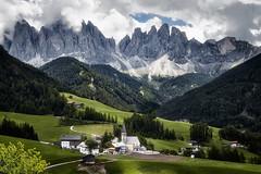 Dolomites Italie (EtienneR68) Tags: landscape colors hills montagne mountain nature paysage dolomites dolomiti tree trees pays italie italy church funes valdifunes