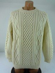 Tall knitted aran wool jumper (Mytwist) Tags: sharonkbanks standun of ireland ivory 100 pure wool cableknit fisherman crew sweater aran jumper donegal mytwist irish dublin cabled pattern old passion knit style jersey laine handknit aranstyle authentic design fashion fetish craft chunkysweater bulky grobstrick retro timeless handgestrickt handknitted unisex honeycomb winter casual weekend weekendsweater tweed