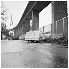 (wentupthedownstair) Tags: hamburg koehlbrandbruecke köhlbrandbrücke caravan blackwhite film 120 mediumformat mittelformat mamiyac330 mamiya twinlens analog foma fomapan adonal adox 170 urbantopography