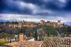 La Alhambra (EXPLORE) (josmanmelilla) Tags: granada monumental monumento alhambra nubes rio albaicin sacromonte pwmelilla flickphotowalk pwdmelilla pwdemelilla españa sony