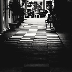 Instagram-style photos are cool, but Flickr is still better (jimiliop) Tags: monochrome instagram flickr filters noir squares tiles blackandwhite light path building chess pattern