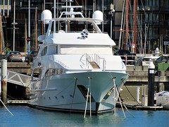 Big boat (thomasgorman1) Tags: wharf outdoors sea moored harbour auckland docked canon