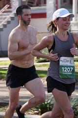 17 Rock 'n' Roll Marathon (Omunene) Tags: humanarocknrollmarathonneworleans2018 brooks race marathon 42195k 26219m esplanadeavenue faubourgstjohn neworleans runners shirtless pecs nipples navel bellybutton chest