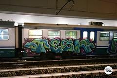 #stolenstuff #graffitiblog #check4stolen #flickr4stolen #tesk #metropolitano #graffititrain #benching #graffitibologna #graffiti #trainbombing #instagraff (stolenstuff) Tags: instagram stolenstuff graffiti graffititrain benching