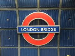 Eastbound, Jubilee Line, London Bridge Tube Station, London (f1jherbert) Tags: canonpowershotsx620hs canonpowershotsx620 canonpowershot sx620hs canonsx620 powershotsx620hs canon powershot sx620 hs powershotsx620 powershoths londonengland londongreatbritain londonunitedkingdom greatbritain unitedkingdom uk gb united kingdom great britain london transportforlondon londonunderground londontube transport underground tube tfl england publictransport eastboundjubileelinelondonbridgetubestationlondon eastboundjubileelinelondonbridgetubestation eastboundjubileeline jubileelinelondonbridgetubestation jubileeline londonbridge londonbridgetubestation eastbound jubilee line bridge station