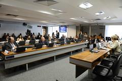 CAS - Comissão de Assuntos Sociais (Senado Federal) Tags: cas plc1042015 reunião senadorflexaribeiropsdbpa senadorwaldemirmokapmdbms senadorairtonsandovalpmdbsp senadorelmanoférrerpmdbpi senadoramartasuplicypmdbsp brasília df brasil bra senadordaliriobeberpsdbsc